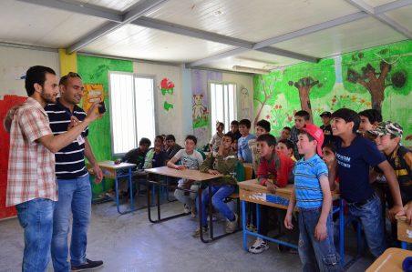 コロナ禍―難民キャンプの子どもたちに「写真」を通した自己表現とつながりを